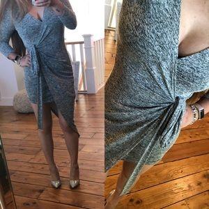 Dresses & Skirts - Grey wrap great